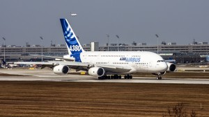 Flughafen München II (MUC II) am 28.03.2007: Airbus A380-841 (F-WWJB)
