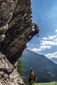 """Tobi am Überhang vom Klettersteig  """"Lehner-Wasserfall"""" im Ötztal"""
